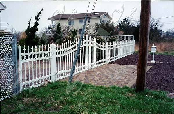 wm_Driveway_Security_Gate_001_copy600x.jpg