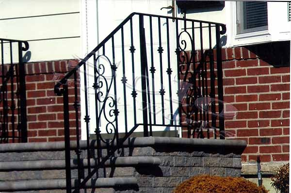 wm_Outdoor_Wrought_Iron_Stair_Railing_012_copy600x.jpg
