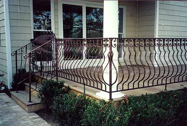wm_Outdoor_Wrought_Iron_Stair_Railing_017_copy600x.jpg
