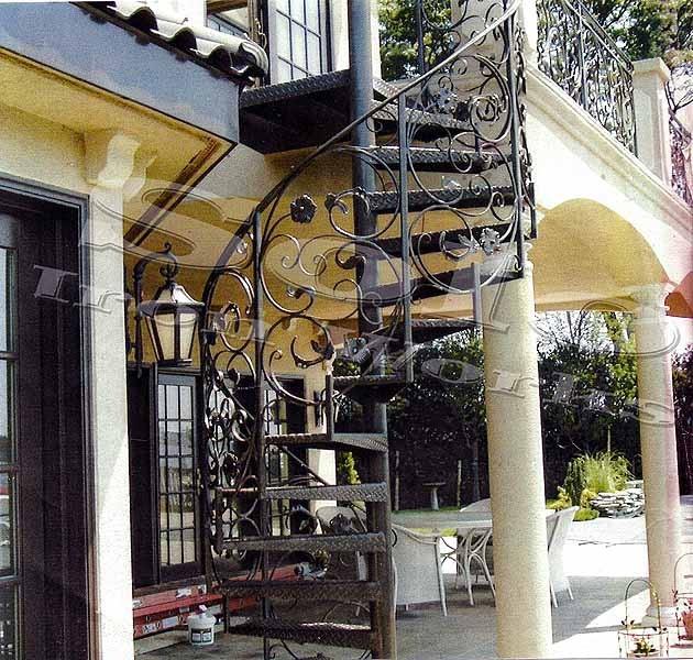 wm_Spiral_Staircase_002_copyx600.jpg