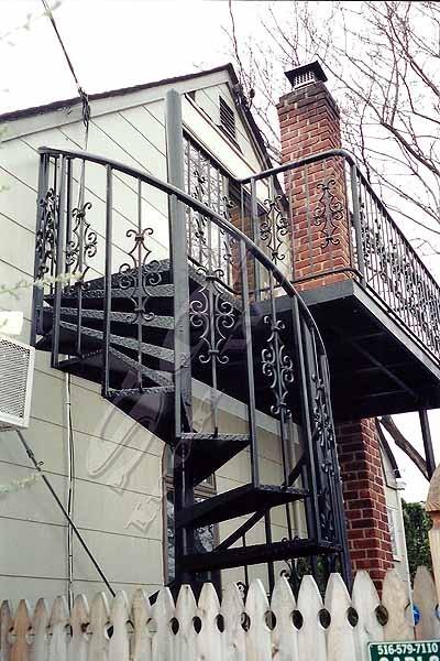 wm_Spiral_Staircase_006_copyx600.jpg