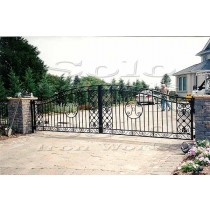 wm_Driveway_Security_Gate_005_copy600x.jpg
